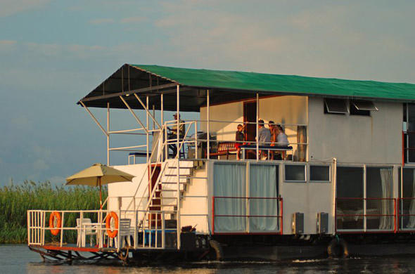 Kabbo House Boat