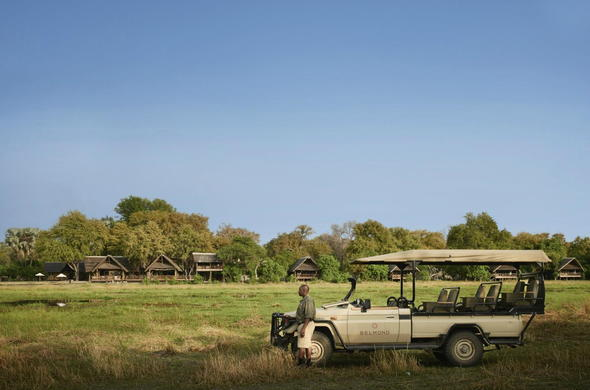 Game drive vehicle. Khwai River Lodge