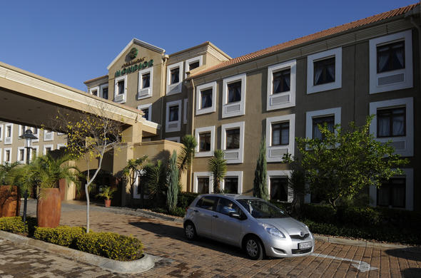 Rmont Mondior Gaborone Exterior